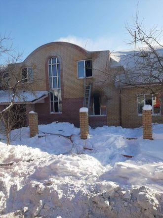 Двух мальчиков вытащили росгвардейцы из горевшего дома в Кстовском районе - фото 5