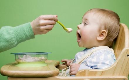 «Детские» продукты, которые категорически нельзя давать ребенку