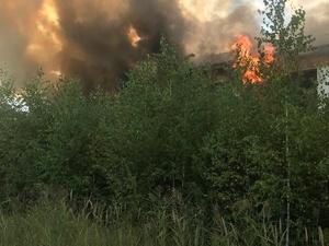 Открытое горение здания в Богородске ликвидировано