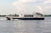 В Нижегородской области произошло крушение моторной лодки с тремя людьми на борту
