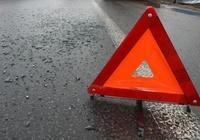 Неопытный водитель мотоцикла опрокинулся на дороге в Приокском районе