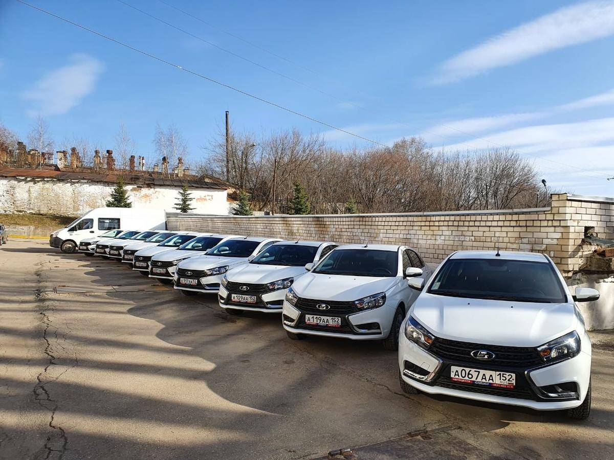 Нижегородское правительство отдало часть своего автопарка медикам - фото 1