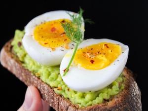 Сколько яиц в день можно съедать без вреда для сердца