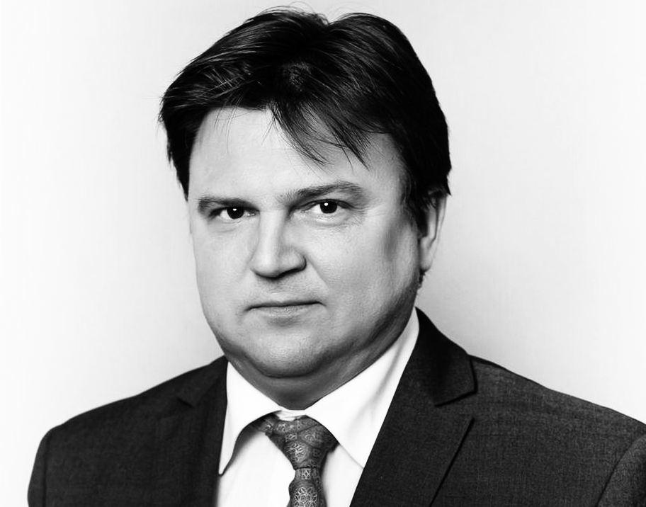 Прощание с Андреем Лапшиным состоится 12 сентября в актовом зале ННГАСУ - фото 1