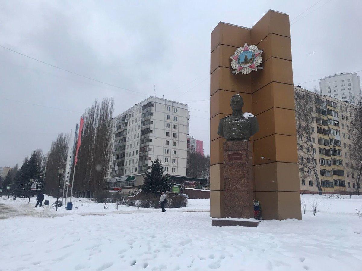 Шесть памятников просят отремонтировать жители Советского района