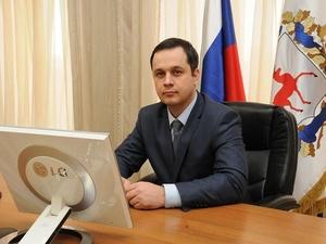 Антон Шаклунов: «Врач не может ехать в избу, где дровами будет топить себе печку»
