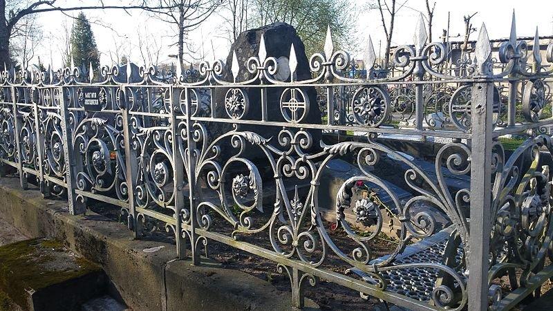 Похитителей кладбищенских оград поймали в Арзамасском районе