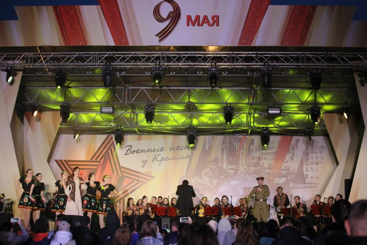 Концерт «Военные песни у кремля» прошел в нижегородском парке Победы - фото 1