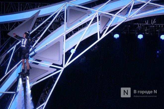 Огонь, вода и звезды эстрады: Как прошло гала-шоу 800-летия Нижнего Новгорода - фото 72