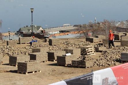Амфитеатр начали монтировать на набережной Федоровского
