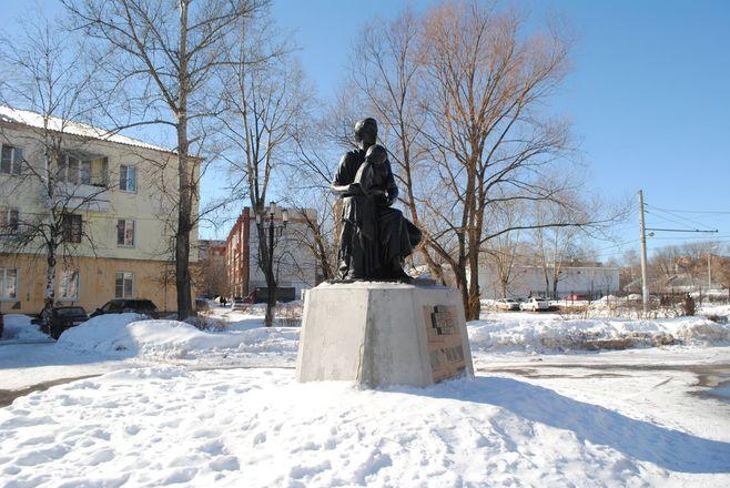 Материнство и любовь: каких женщин и за что увековечили в Нижнем Новгороде - фото 5