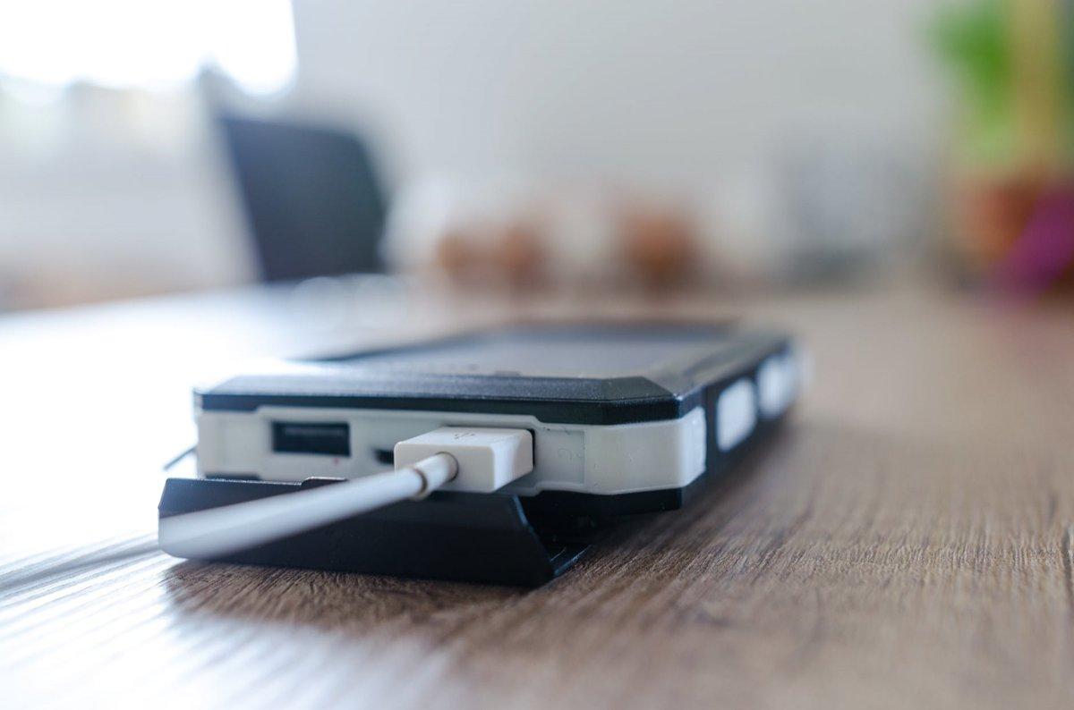 Как сохранить заряд батареи смартфона: какие способы работают, а какие — миф - фото 1